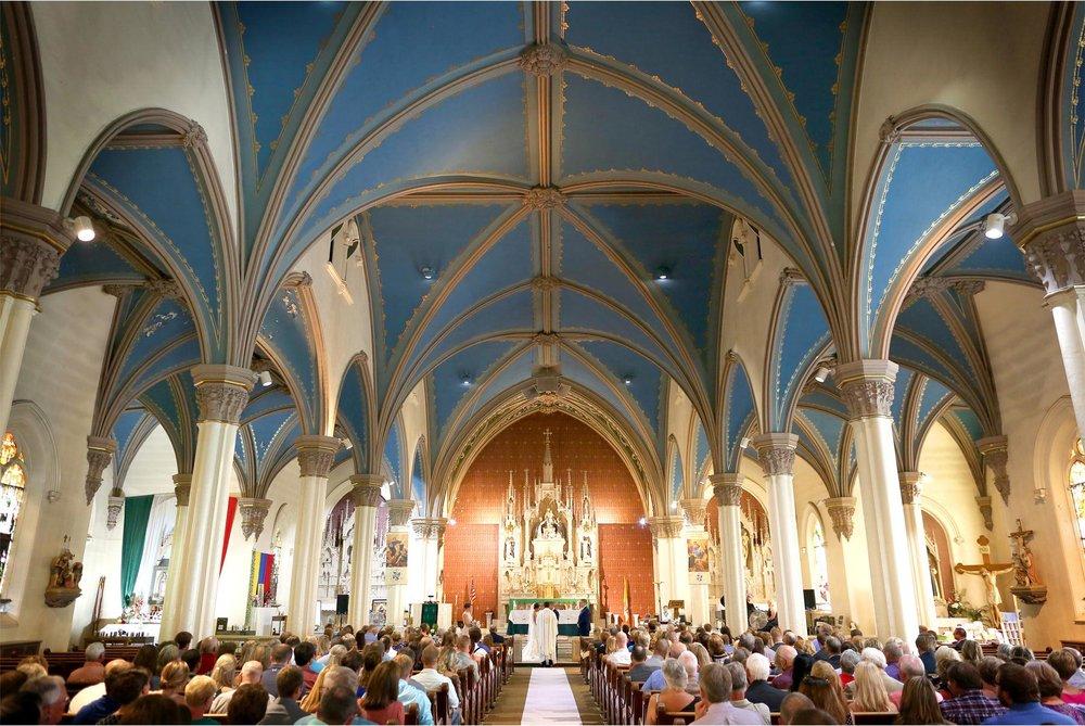 10-Minneapolis-Minnesota-Wedding-Photography-by-Vick-Photography-Holy-Rosary-Church-Ceremony-Brianna-and-Bryce.jpg