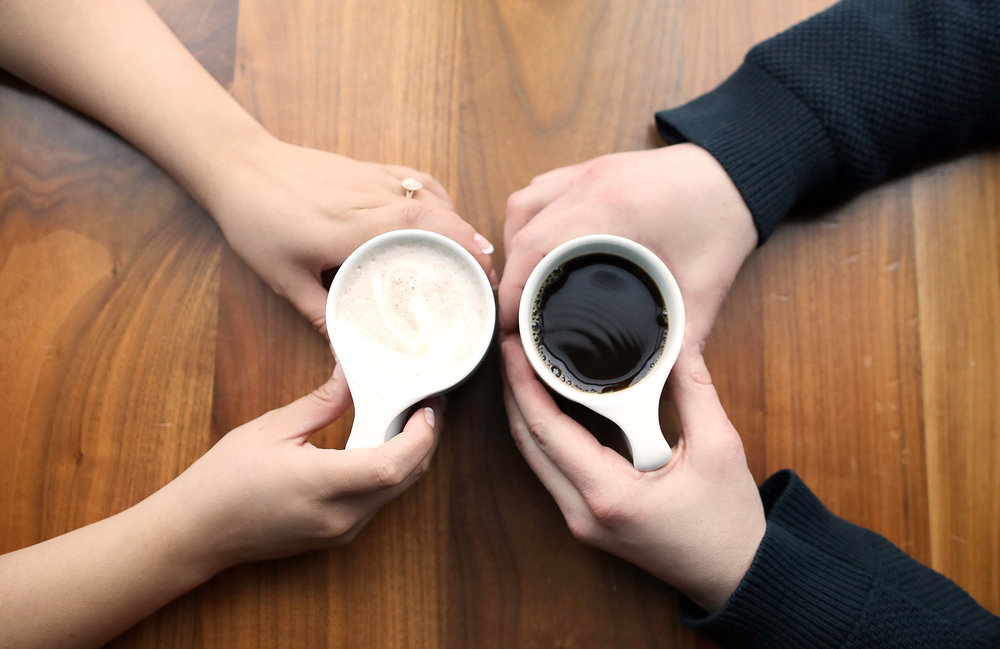 01-Vick-Photography-Engagement-Session-Cup-of-Coffee.jpg