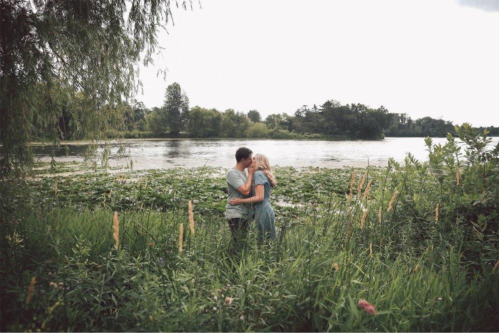 01-Minnesota-Summer-Engagement-Photography-by-Vick-Photography-Lake-Mali-and-Nick.jpg