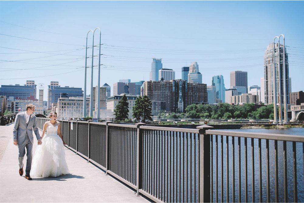 05-Minneapolis-Minnesota-Wedding-Photography-by-Vick-Photography-Saint-Anthony-Main-First-Look-Skyline-Brigid-and-Ernie.jpg