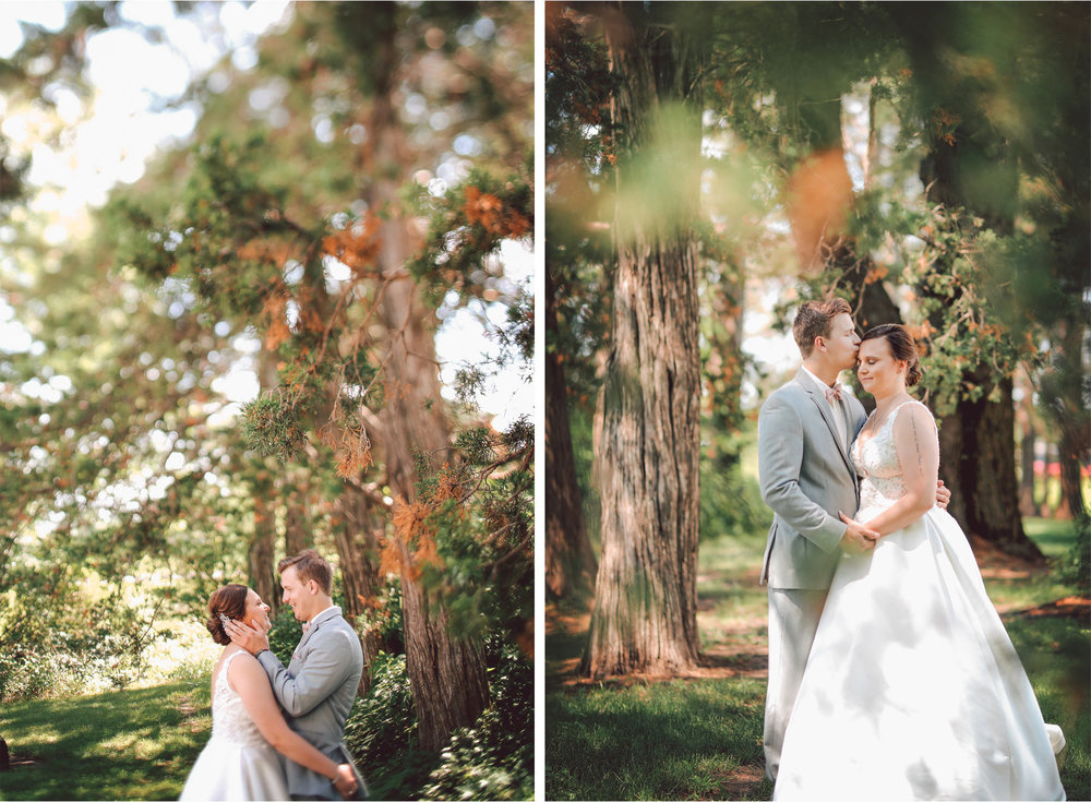06-Minnesota-Wedding-Photography-by-Vick-Photography-Redeemed-Farm-First-Look-Forest-Woods-Rachel-and-Ricky.jpg