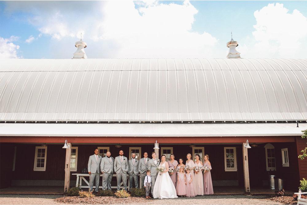 11-Minnesota-Wedding-Photography-by-Vick-Photography-Redeemed-Farm-Wedding-Party-Group-Barn-Rachel-and-Ricky.jpg