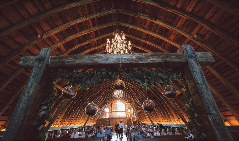 12-Minnesota-Wedding-Photography-by-Vick-Photography-Redeemed-Farm-Ceremony-Barn-Rachel-and-Ricky.jpg