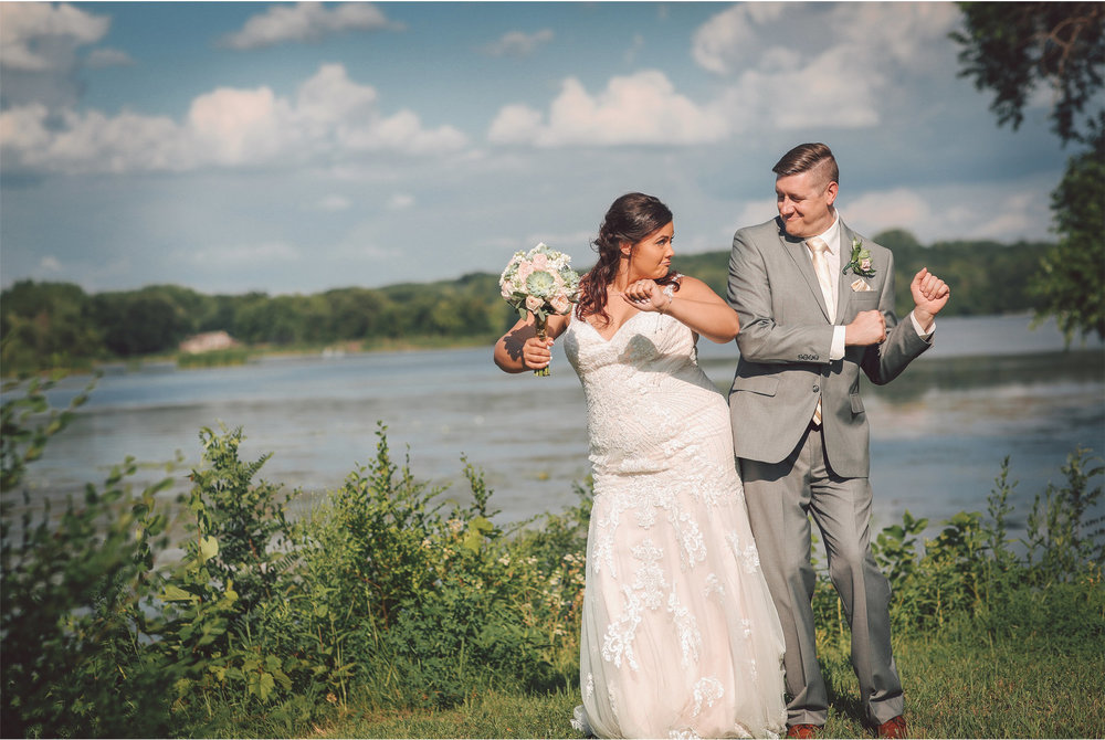 14-Minneapolis-Minnesota-Wedding-Photography-by-Vick-Photography--Woods-Trees-Lake-Maliah-and-Brad.jpg