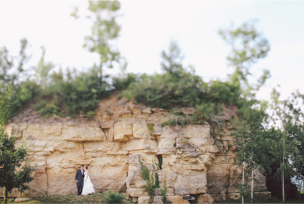 13-Red-Wing-Minnesota-Wedding-Photography-by-Vick-Photography-Round-Barn-Farm-Great-View-Bluffs-Nikki-and-Will.jpg