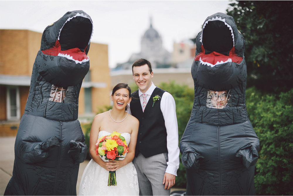 08-St-Paul-Minnesota-Wedding-Photography-by-Vick-Photography-Science-Museum-Dinosaur-Wedding-Stephanie-and-Scott.jpg