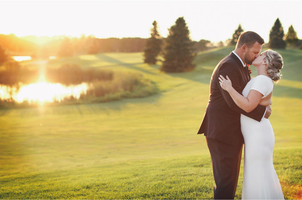16-Minneapolis-Minnesota-Wedding-Photography-by-Vick-Photography-Rush-Creek-Golf-Course-Sunset-Danielle-and-Andrew.jpg