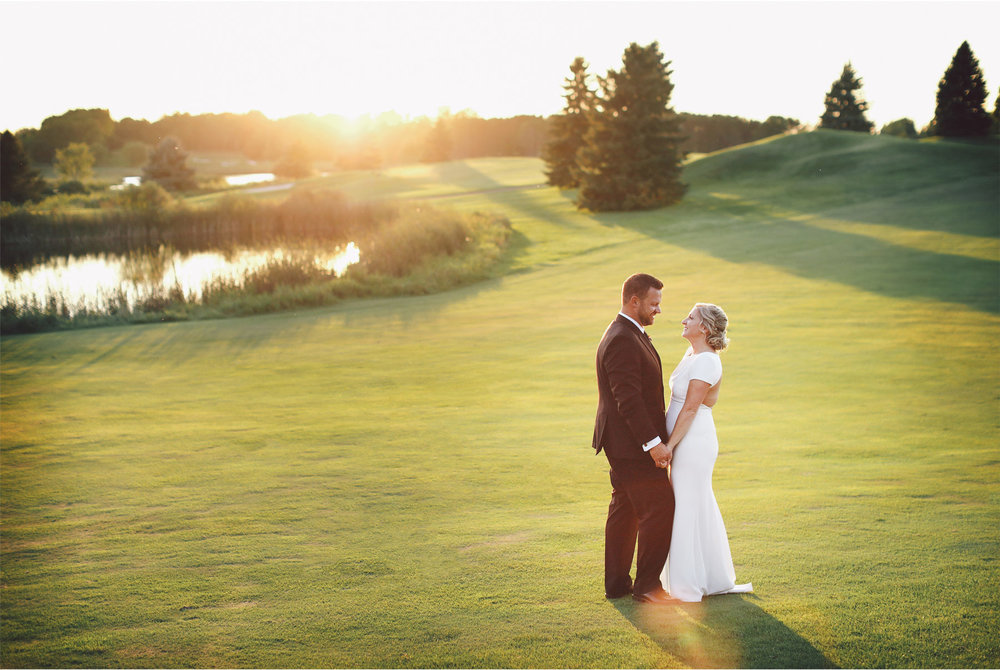 17-Minneapolis-Minnesota-Wedding-Photography-by-Vick-Photography-Rush-Creek-Golf-Course-Sunset-Danielle-and-Andrew.jpg