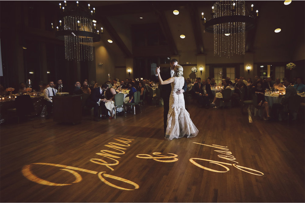 22-Minneapolis-Minnesota-Wedding-Photography-by-Vick-Photography-Golf-Course-Interlachen-Country-Club--Reception-First-Dance-Jenna-and-Josh.jpg
