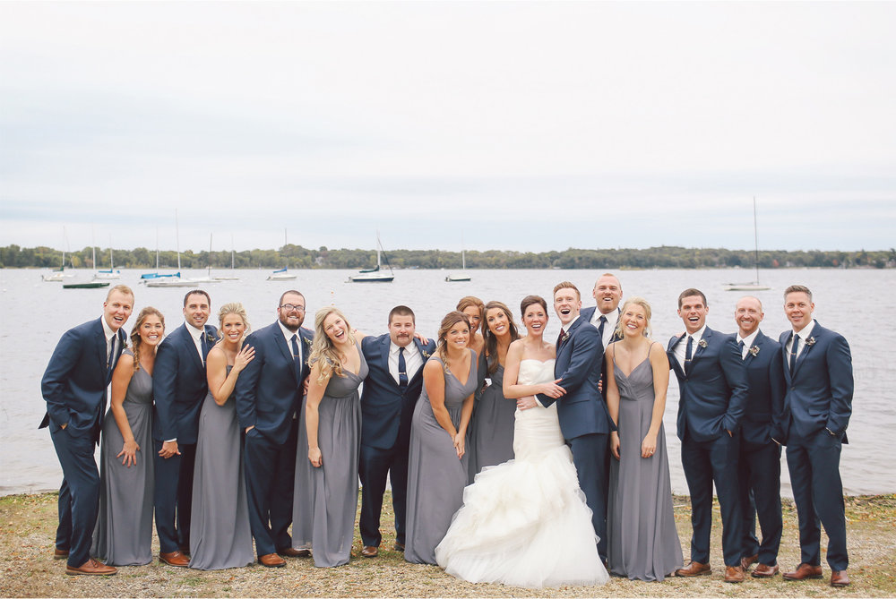 12-Minneapolis-Minnesota-Wedding-Photography-by-Vick-Photography-Lake-Wedding-Party-Groups-Callie-and-Reed.jpg