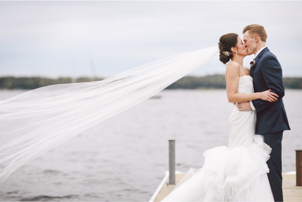 13-Minneapolis-Minnesota-Wedding-Photography-by-Vick-Photography-Lake-Wedding-Party-Groups-Callie-and-Reed.jpg