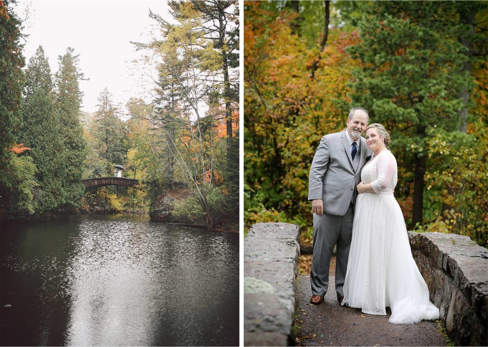 03-Duluth-Minnesota-Wedding-Photography-by-Vick-Photography-Glensheen-Mansion-Rain-Umbrella-First-Look-Autumn-Fall-Kelli-and-Marc.jpg