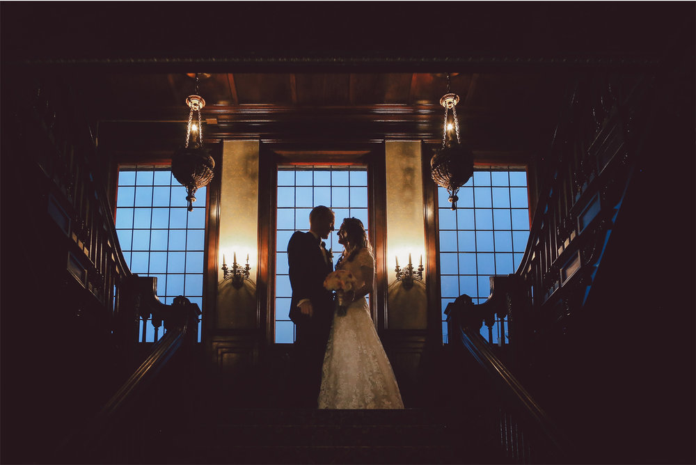 17-Minneapolis-Minnesota-Wedding-Photography-by-Vick-Photography-Semple-Mansion-Grand-Stairs-Danielle-and-Chance.jpg