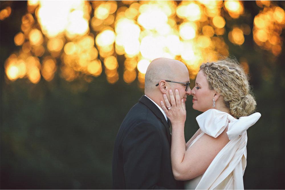 18-Minneapolis-Minnesota-Wedding-Photography-by-Vick-Photography-Bavaria-Downs-Sunset-Jill-and-David.jpg