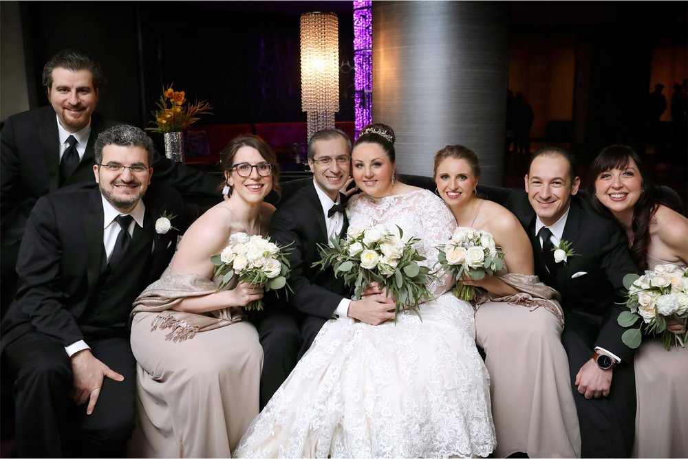 08-Minneapolis-Minnesota-Wedding-Photography-by-Vick-Photography-The-Marquette-Hotel-IDS-Center-Wedding-Party-Group-Anja-and-Waseem.jpg