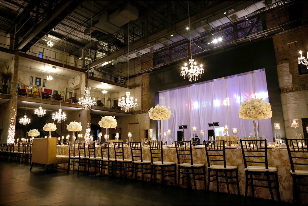 11-Minneapolis-Minnesota-Downtown-Aria-Industrial-Warehouse-Reception-Table-Decor-Jennifer-and-Fred.jpg