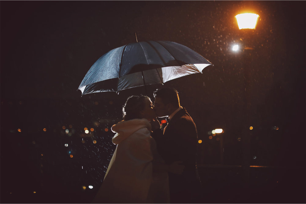 14-Saint-Paul-Minnesota-Wedding-Photography-by-Vick-Photography-The-University-Club-Night-Photography-Rain-Umbrella-Mari-and-Giuseppe.jpg