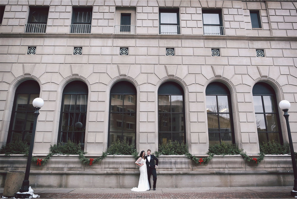 05-Saint-Paul-Minnesota-Wedding-Photography-by-Vick-Photography-Saint-Paul-Hotel-First-Look-Couple-Winter-Wedding-Sami-and-Nick.jpg