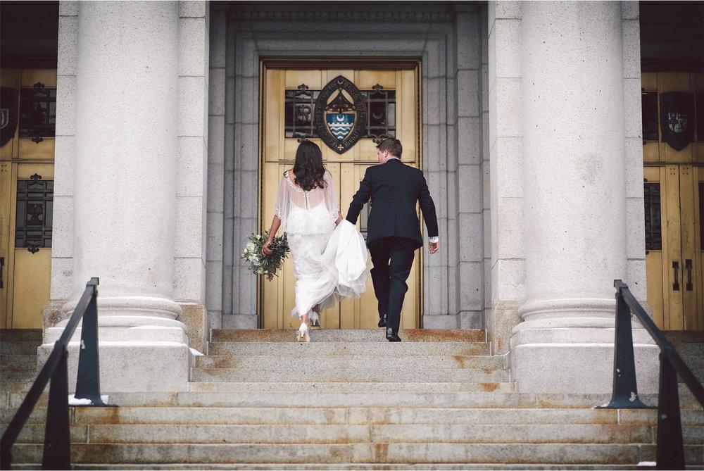 12-Saint-Paul-Minnesota-Wedding-Photography-by-Vick-Photography-Basilica-of-Saint-Mary-Couple-Winter-Wedding-Sami-and-Nick.jpg