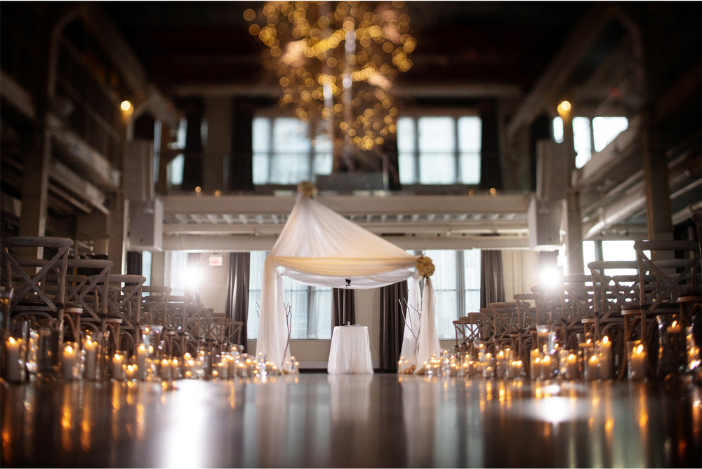 10-Minneapolis-Minnesota-Wedding-Photographer-by-Vick-Photography-Ceremony-Jewish-Hupa-Winter-Wedding-Machine-Shop-Alyssa-and-Garron.jpg