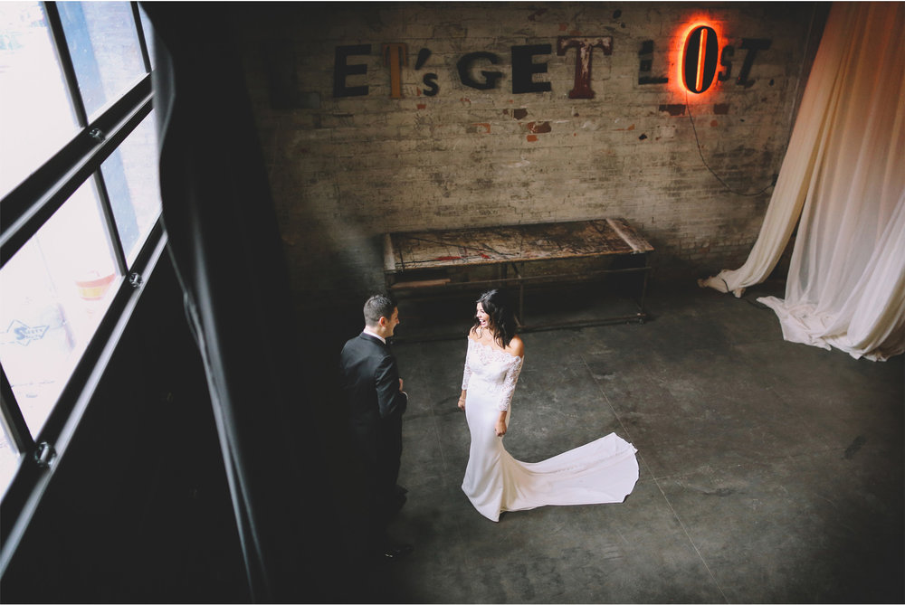 05-Minneapolis-Minnesota-Wedding-Photographer-by-Vick-Photography-Aria-First-Look-Maggie-and-Matt.jpg