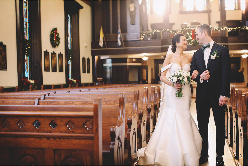 09-Minneapolis-Minnesota-Wedding-Photographer-Andrew-Vick-Photography-Christmas-Holiday-Bride-and-Groom-Our-Lady-of-Lourdes-Allison-and-Steve.jpg