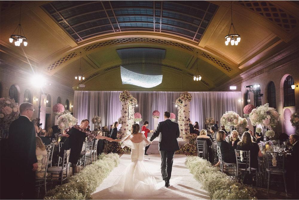 11-Saint-Paul-Minnesota-Wedding-by-Vick-Photography-Union-Depot-Lifetime-Network-David-Tutera-My-Great-Big-Live-Wedding-Ceremony-Jen-and-Rob.jpg