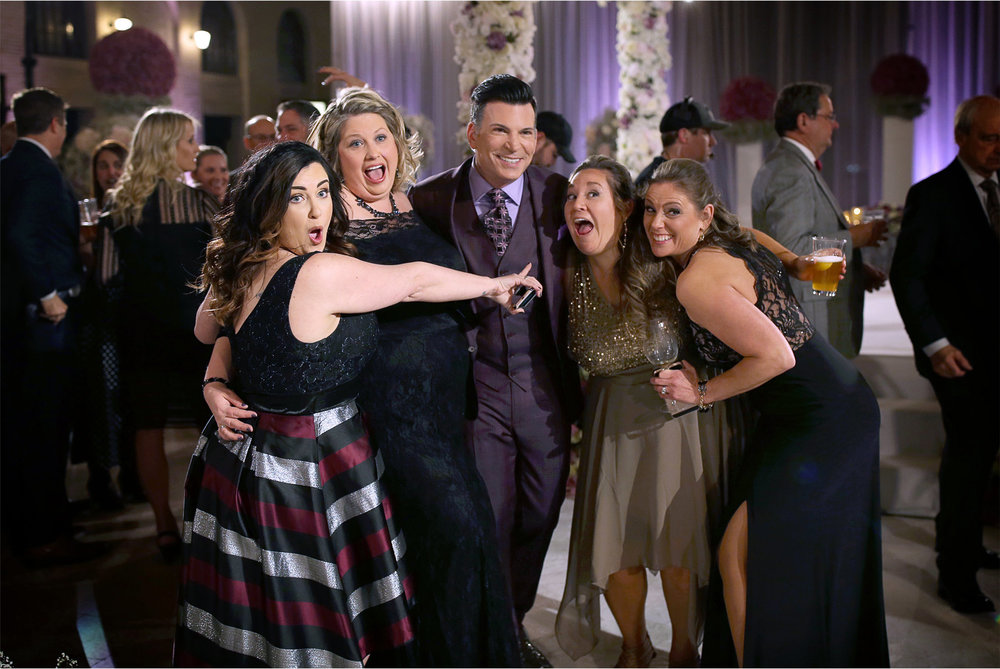 06-Andrew-Vick-Photography-My-Great-Big-Live-Wedding-with-David-Tutera-Behind-the-Scenes-Minnesota-Union-Depot-Saint-Paul-Guests.jpg