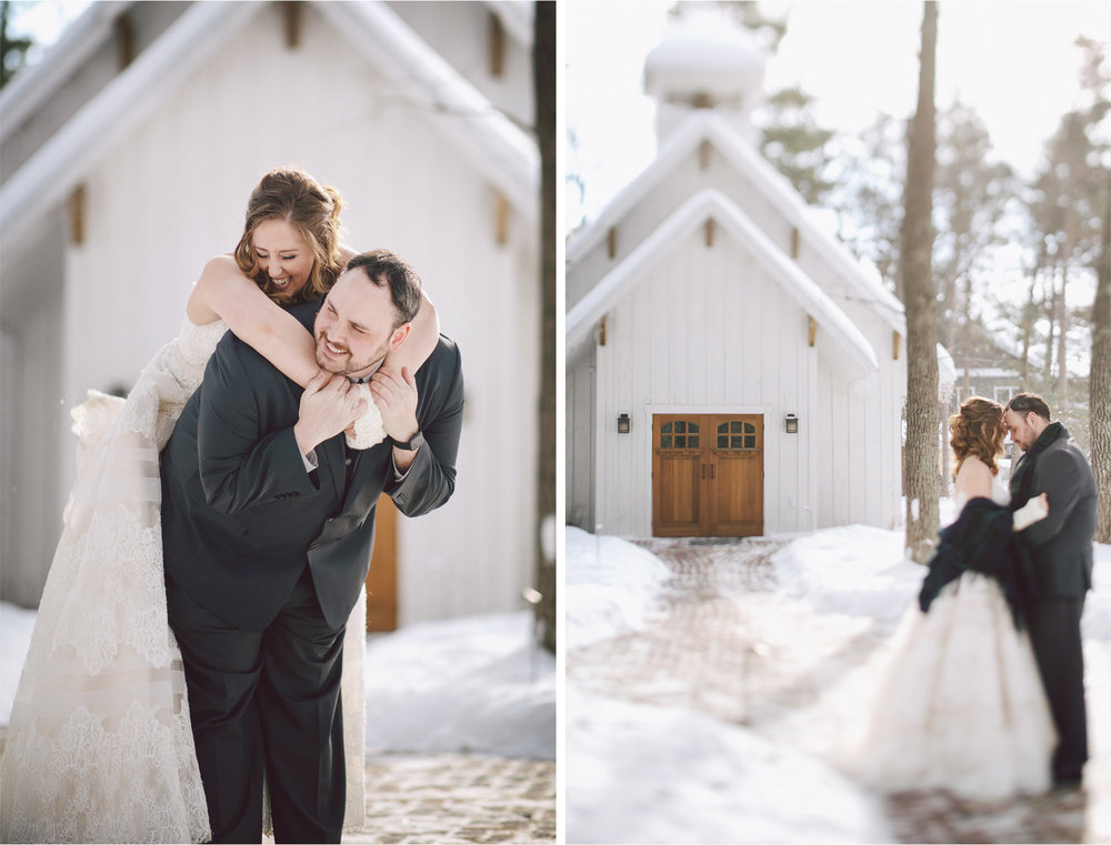 08-Brainerd-Minnesota-Wedding-by-Andrew-Vick-Photography-Nisswa-Grandview-Lodge-Winter-First-Look-Scarf-Plaid-Chapel.jpg
