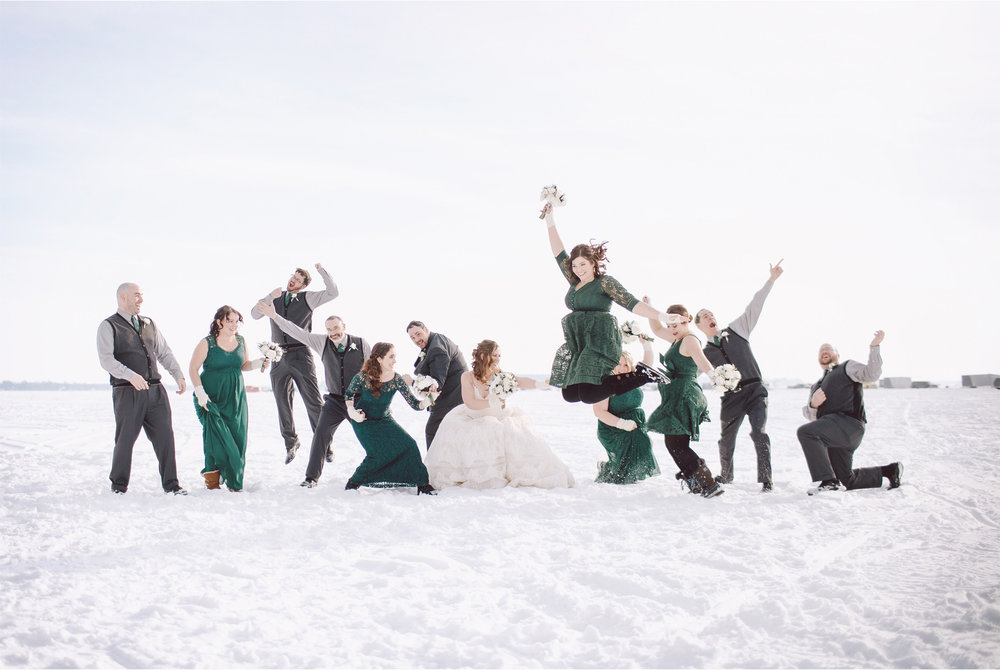 09-Brainerd-Minnesota-Wedding-by-Andrew-Vick-Photography-Nisswa-Grandview-Lodge-Winter-Frozen-Lake-Group-Green-Dresses.jpg