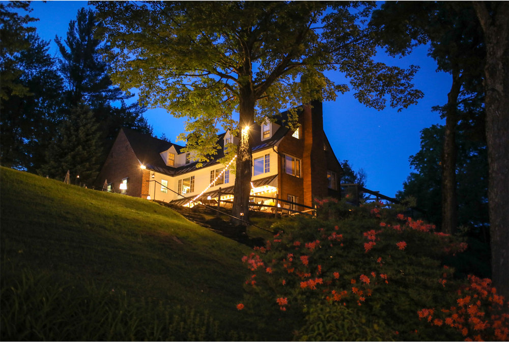 04-Stowe-Vermont-by-Andrew-Vick-Photography-Edson-Hill-Summer-Lodge-Night.jpg
