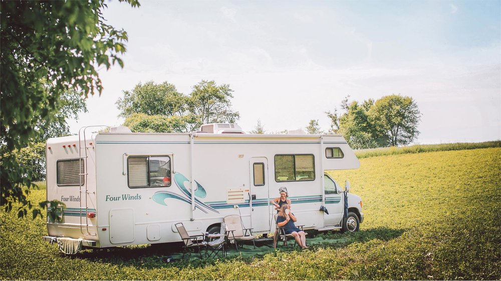 01-South-Haven-Minnesota-Wedding-Photographer-by-Andrew-Vick-Photography-Summer-Tomala-Farm-Camper-Getting-Ready-Vintage-Renee-and-Bobb.jpg