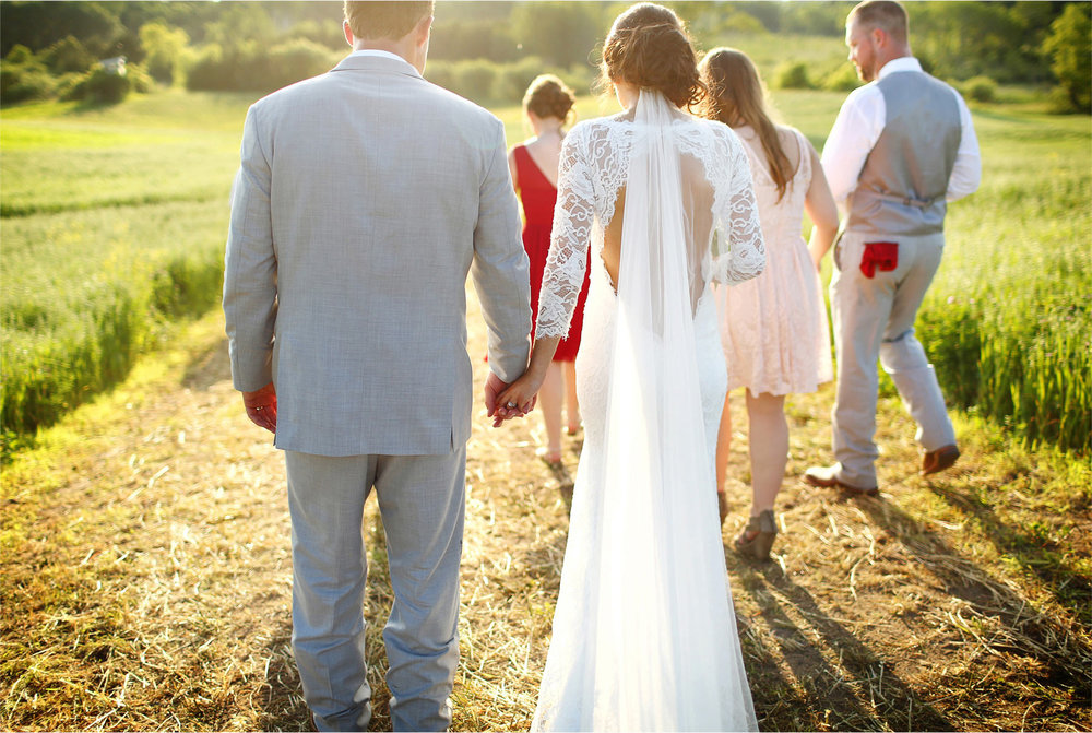 27-South-Haven-Minnesota-Wedding-Photographer-by-Andrew-Vick-Photography-Summer-Tomala-Farm-Field-Bride-Groom-Bridal-Party-Renee-and-Bobb.jpg