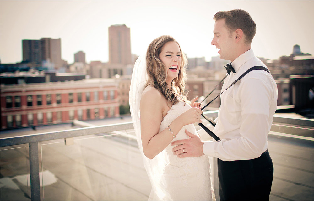 22-Saint-Paul-Minnesota-Wedding-Photographer-by-Andrew-Vick-Photography-Summer-Abulae-Bride-Groom-Suspenders-Bowtie-Vintage-Molly-and-Dan.jpg
