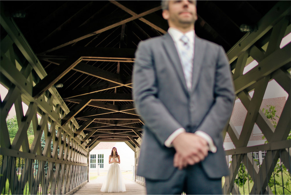 03-Minneapolis-Minnesota-Wedding-Photographer-by-Andrew-Vick-Photography-Summer-Upper-Room-Chuch-First-Meeting-Bride-Groom-Dress-Vintage-Katie-and-Travis.jpg