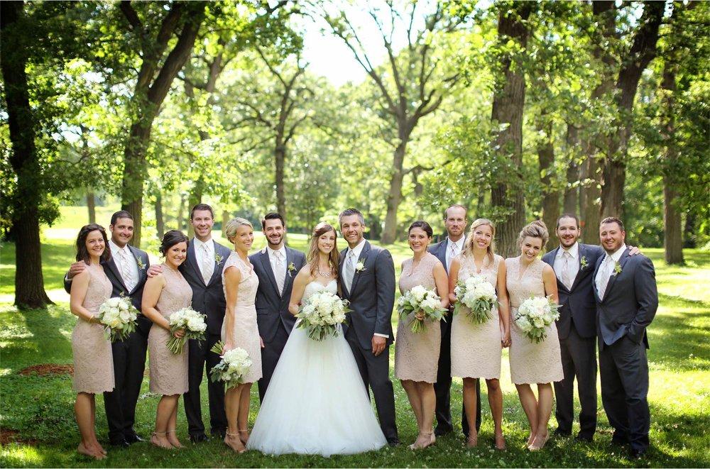13-Minneapolis-Minnesota-Wedding-Photographer-by-Andrew-Vick-Photography-Summer-Woods-Bride-Groom-Bridesmaids-Groomsmen-Bridal-Party-Katie-and-Travis.jpg