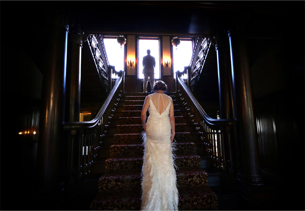 05-Minneapolis-Minnesota-Wedding-Photographer-by-Andrew-Vick-Photography-Summer-Semple-Mansion-Bride-Dress-Feathers-Groom-First-Meeting-Look-Stephanie-and-Robert.jpg