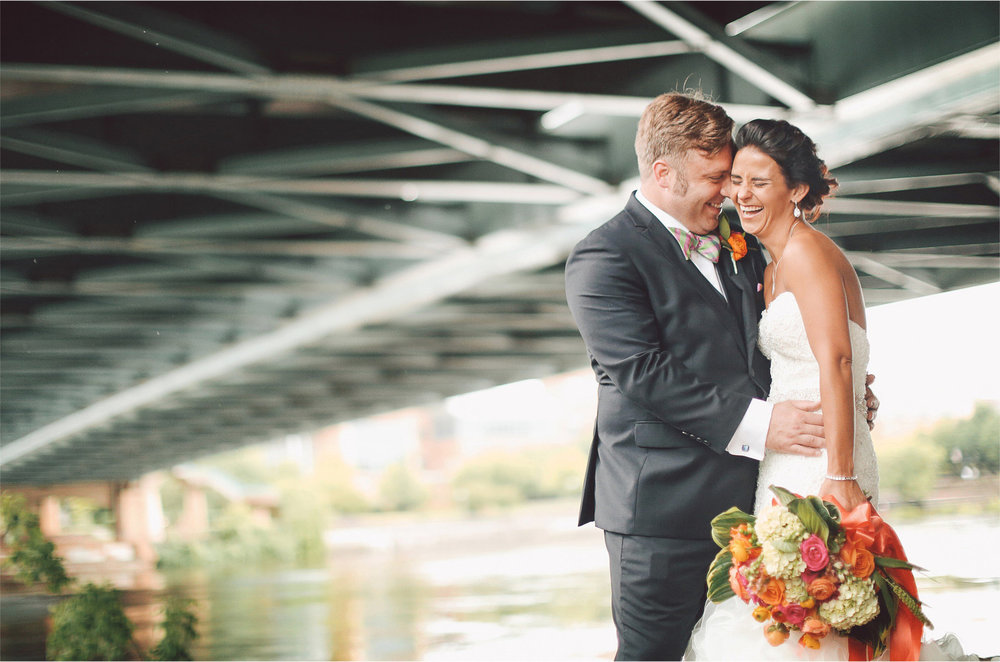 11-Minneapolis-Minnesota-Wedding-Photographer-by-Andrew-Vick-Photography-Summer-Bride-Groom-Mississippi-River-Laughter-Vintage-Lindsay-and-Dustin.jpg