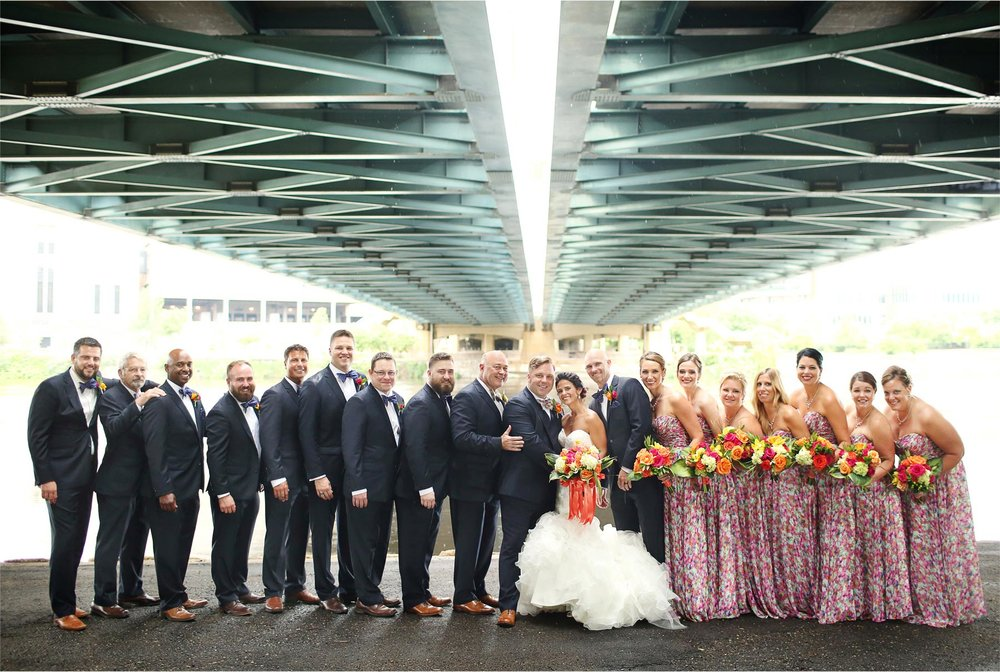 12-Minneapolis-Minnesota-Wedding-Photographer-by-Andrew-Vick-Photography-Summer-Bride-Groom-Mississippi-River-Bridesmaids-Groomsmen-Bridal-Party-Lindsay-and-Dustin.jpg