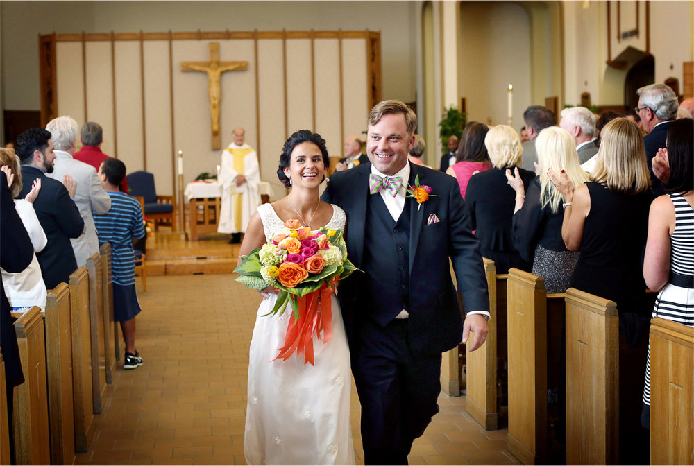 17-Minneapolis-Minnesota-Wedding-Photographer-by-Andrew-Vick-Photography-Summer-Ceremony-Saint-Albert-the-Great-Church-Bride-Groom-Excitement-Lindsay-and-Dustin.jpg