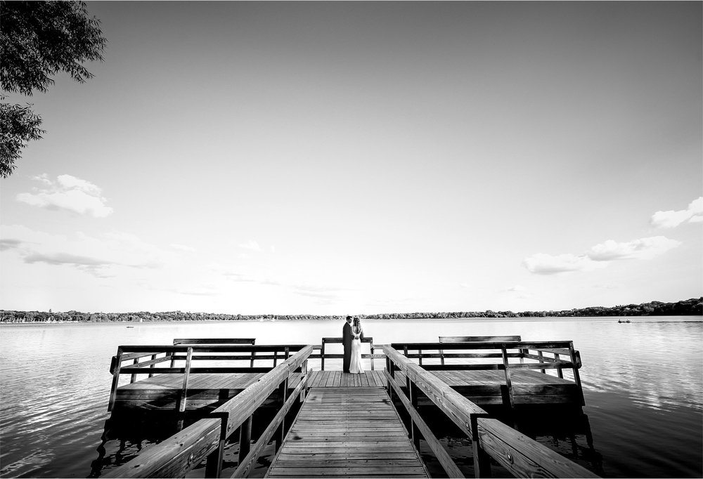 18-Minneapolis-Minnesota-Wedding-Photographer-by-Andrew-Vick-Photography-Summer-Lake-Calhoun-Bride-Groom-Docks-Black-and-White-Lexie-and-James.jpg