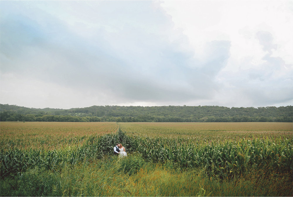 24-Cannon-Falls-Minnesota-Wedding-Photographer-by-Andrew-Vick-Photography-Summer-River-Winery-Bride-Groom-Farm-Field-Corn-Vintage-Becca-and-Donal.jpg