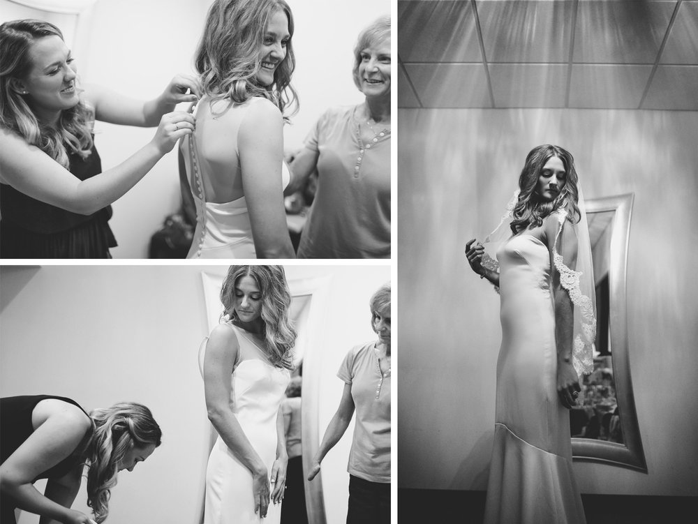 01-Dellwood-Minnesota-Wedding-Photographer-by-Andrew-Vick-Photography-Summer-Country-Club-Getting-Ready-Bride-Mother-Parents-Bridesmaid-Dress-Black-and-White-Sarah-and-Landon.jpg