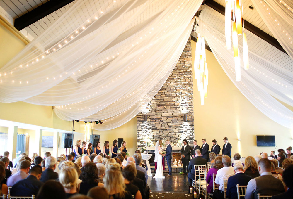 18-Dellwood-Minnesota-Wedding-Photographer-by-Andrew-Vick-Photography-Summer-Country-Club-Ceremony-Bride-Groom-Bridal-Party-Vows-Sarah-and-Landon.jpg