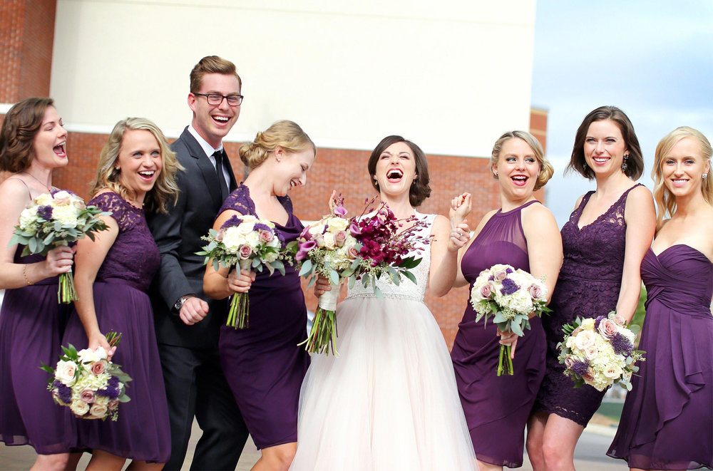 04-Bowling-Green-Kentucky-Wedding-Photographer-by-Andrew-Vick-Photography-Destination-Summer-Hyatt-Place-Hotel-Bride-Bridal-Party-Bridesmaids-Flowers-Katie-and-Jon.jpg