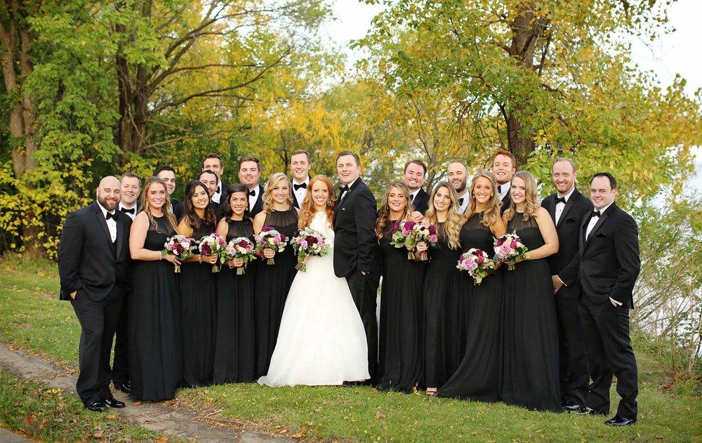 19-Minneapolis-Minnesota-Wedding-Photographer-by-Andrew-Vick-Photography-Fall-Autumn-Lake-Calhoun-Bride-Groom-Bridal-Party-Groomsmen-Bridesmaids-Kristy-and-Jack.jpg
