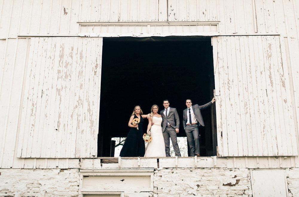 19-Stillwater-Minnesota-Wedding-Photographer-by-Andrew-Vick-Photography-Fall-Autumn-StoneRidge-Golf-Club-Bride-Groom-Bridesmaids-Groomsmen-Barn-Vintage-Micaela-and-Derek.jpg