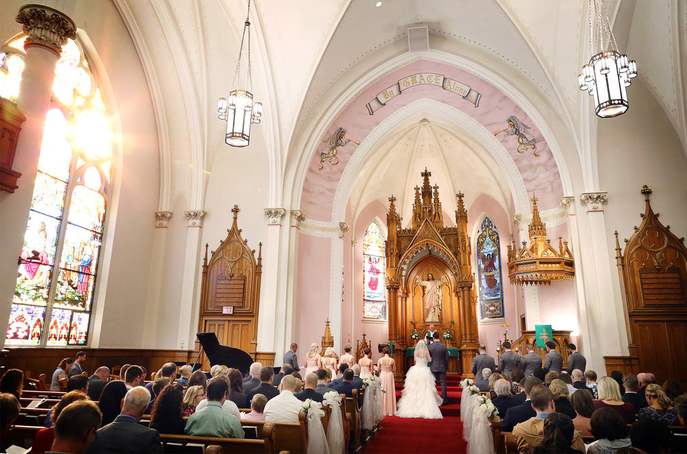 17-Milwaukee-Wisconsin-Wedding-Photographer-by-Andrew-Vick-Photography-Fall-Autumn-Destination-Grave-Evangelical-Lutheran-Church-Bride-Groom-Vows-Tina-and-Kevin.jpg