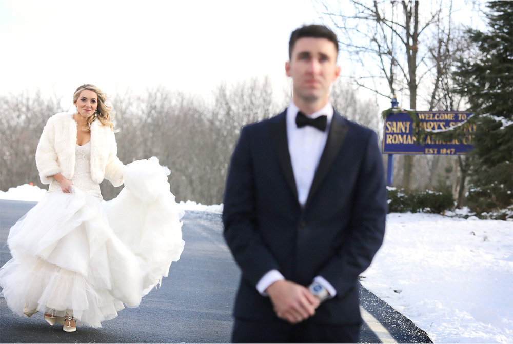 04-Watchung-New-Jersey-Wedding-Photographer-by-Andrew-Vick-Photography-Winter-Saint-Marys-Chuch-Stony-Hill-First-Meeting-Look-Bride-Groom-Fur-Coat-Alexia-and-Justin.jpg
