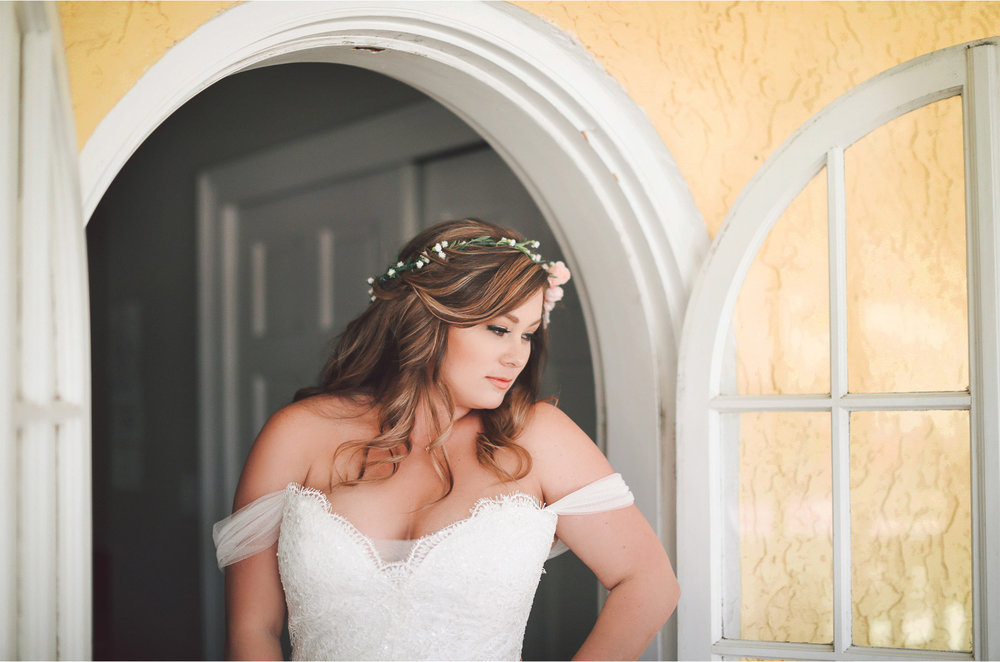 06-Brandon-Florida-Wedding-Photographer-by-Andrew-Vick-Photography-Casa-Lantana-Spring-Getting-Ready-Bride-Dress-Flower-Crown-Vintage-Kristianna-and-Ben.jpg